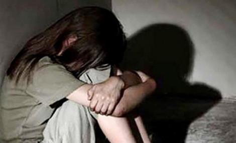Bắt thiếu niên nhiều lần hiếp dâm 'bạn gái' 12 tuổi