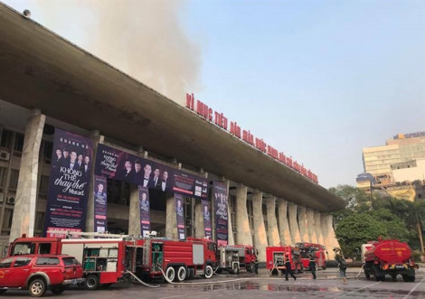 Show diễn có Hoài Linh, Tuấn Ngọc phải huỷ vì Cung Văn hoá Hữu nghị Việt Xô bị cháy