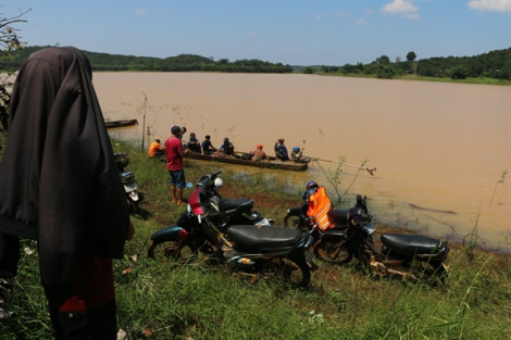 Chìm thuyền trên hồ thủy điện Thác Mơ, 1 người mất tích