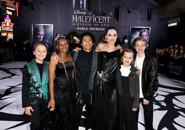 Angelina Jolie cam thay khong tu do va an toan