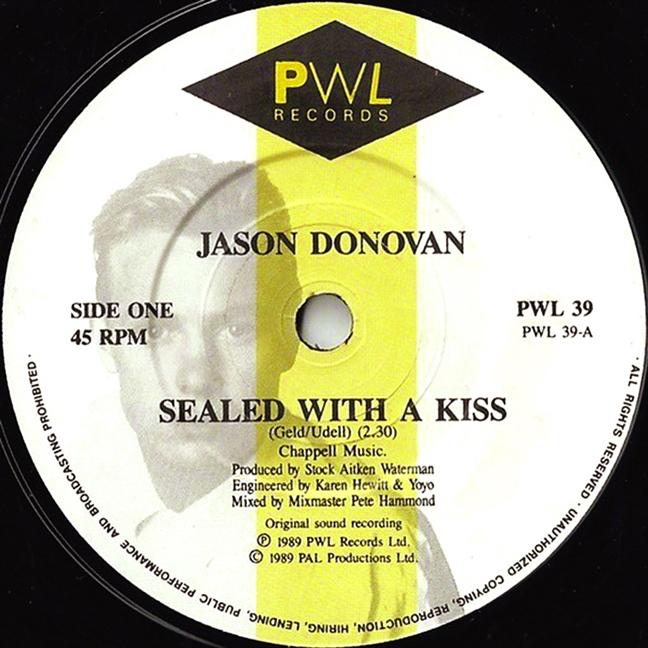 'Sealed with a kiss' - Nu hon thay doi cuoc doi