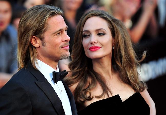Angelina Jolie thua nhan da buon ba nhieu sau ly hon Brad Pitt