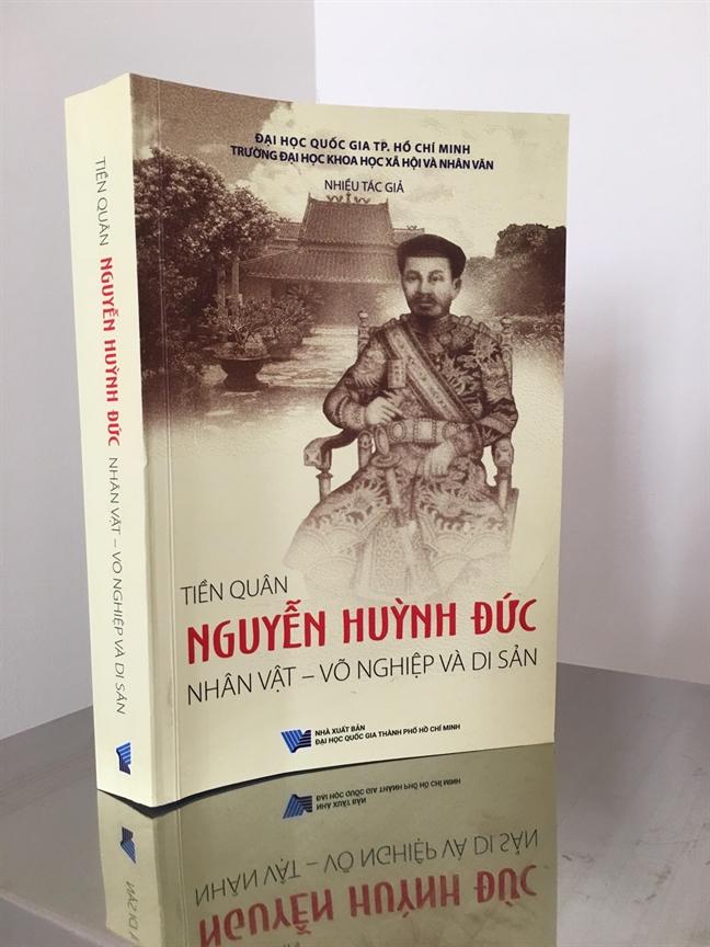 Tien quan Nguyen Huynh Duc: Vo nghiep va di san