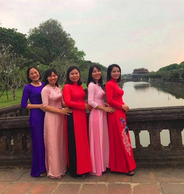 Mien phi tham quan di tich Hue cho phu nu mac ao dai dip 20/10