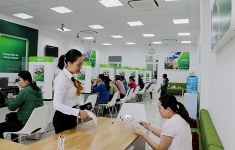 17 ngân hàng Việt Nam bị xem xét hạ bậc tín nhiệm