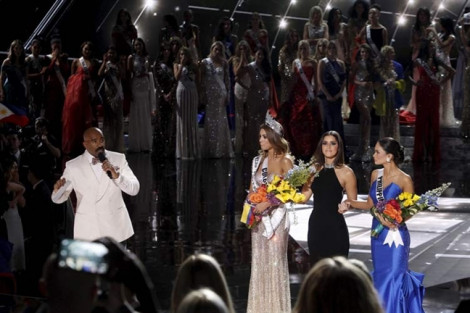Sau 4 năm đọc nhầm tên hoa hậu, MC 'Hoa hậu Hoàn vũ' vẫn sống trong lo sợ