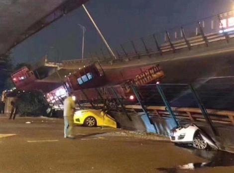 Trung Quốc: Sập cầu vượt ở tỉnh Giang Tô khiến 3 người thiệt mạng