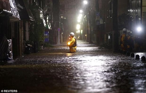 Dang hung sieu bao Hagibis, khu vuc Tokyo – Chiba chiu them dong dat 5.7 do