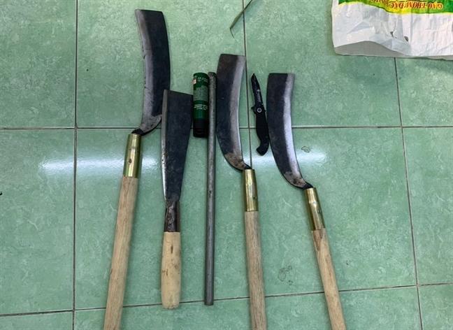 Thong tin ve vu xe 7 cho bi ruot, ban nhieu phat rung dong Binh Duong