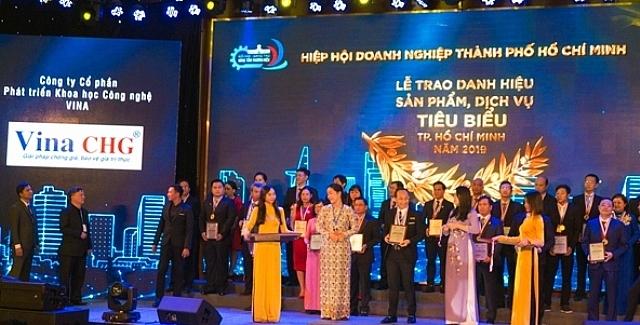 Tem chong hang gia duoc vinh danh 'San pham, dich vu tieu bieu TP.HCM 2019'