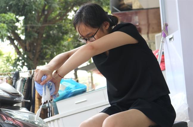 Pho thoi trang noi tieng Thanh pho Vinh thanh san phoi quan ao sau lu