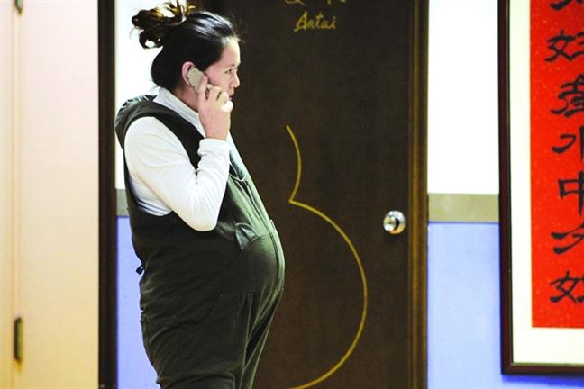 Khong khi o nhiem  lam tang 50%  nguy co say thai