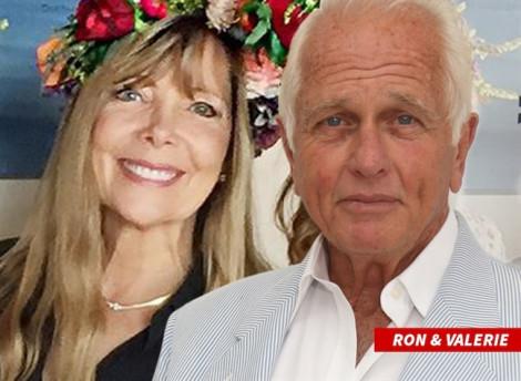 Nam diễn viên 'Tarzan' đau đớn khi vợ chết, nghi do con trai giết