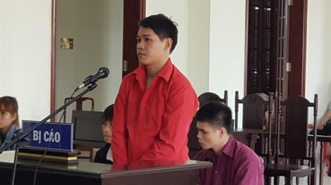 18 năm tù cho kẻ cưa trộm gỗ mít, chém chết chủ vườn