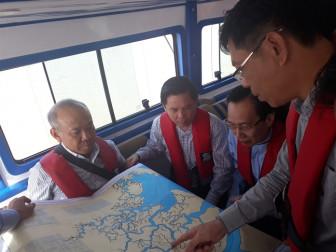 Bộ trưởng Giao thông Vận tải yêu cầu khẩn cấp hút 150 tấn dầu trong tàu Viet Sun Integrity
