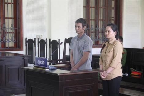 Dụ bé gái 8 tuổi bị mẹ bỏ rơi để lừa bán sang Trung Quốc làm vợ