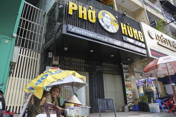 Hang loat chi nhanh nha hang Mon Hue o trung tam Sai Gon dong cua