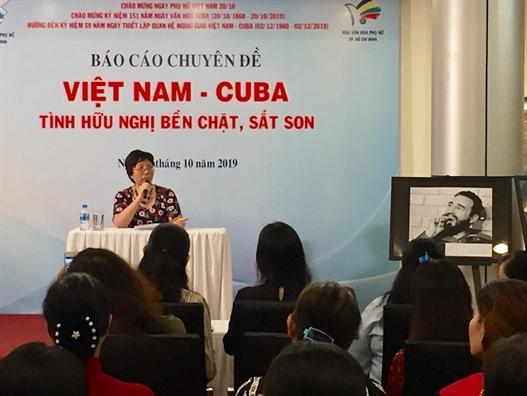 Trien lam chuyen de Viet Nam – Cuba