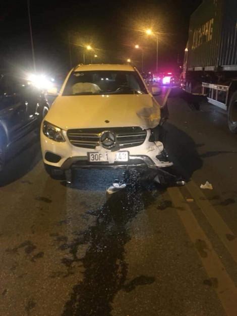 3 ô tô tông nhau trên cầu Vĩnh Tuy