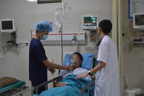 Cứu bệnh nhân 43 tuổi ngộ độc thuốc tê Lidocain khi chữa thận
