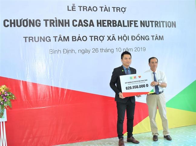 Quy Herbalife Nutrition cong bo ho tro dinh duong nam thu 7 cho tre tai Trung tam bao tro xa hoi Dong Tam