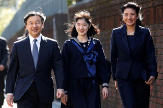 Đa số người Nhật ủng hộ nước này có nữ hoàng