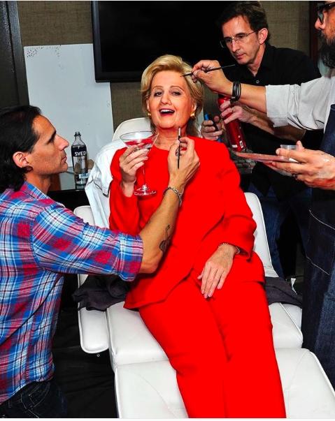 Katy Perry bi kien 150.000 USD vi dang anh chup chinh minh trai phep