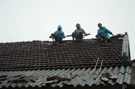 Mưa lũ sau bão số 5: 1 người chết, 14 người bị thương