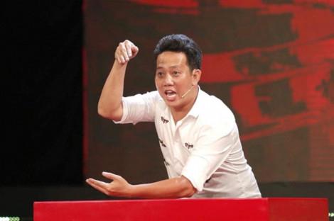 Diễn viên Lê Nam tiết lộ bản tính hay ghen của vợ khiến anh... đột quỵ