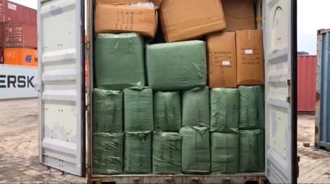 Hơn 7 tấn hàng chăn màn gối nệm Trung Quốc giả mạo xuất xứ Việt Nam