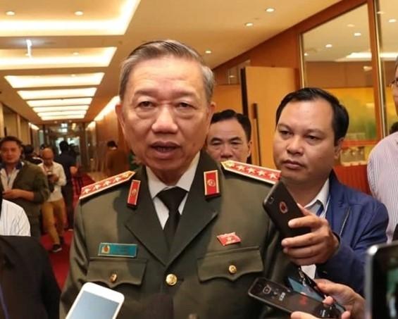 Bo Cong an mang nhieu mau ADN sang Anh