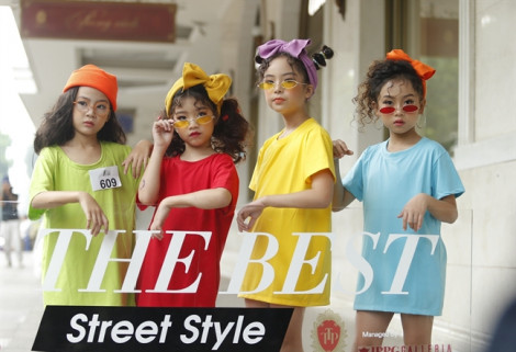 """Những bạn trẻ nào giành giải """"street style"""" tại phố Tràng Tiền?"""