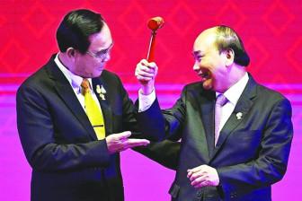 """Việt Nam là đầu tàu """"gắn kết và  chủ động thích ứng"""" của ASEAN"""
