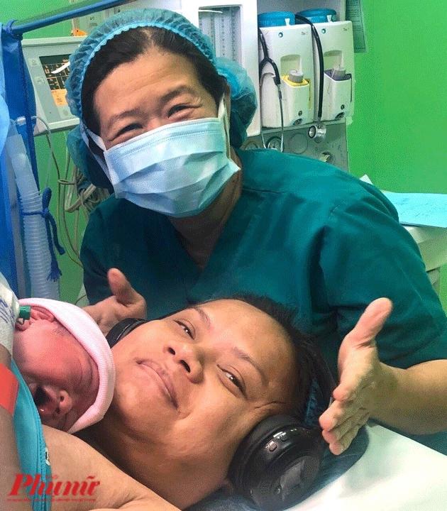 Benh vien Tu Du cho san phu nghe nhac trong luc mo lay thai