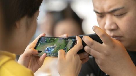 Trung Quốc áp dụng 'lệnh giới nghiêm' chơi game cho trẻ vị thành niên