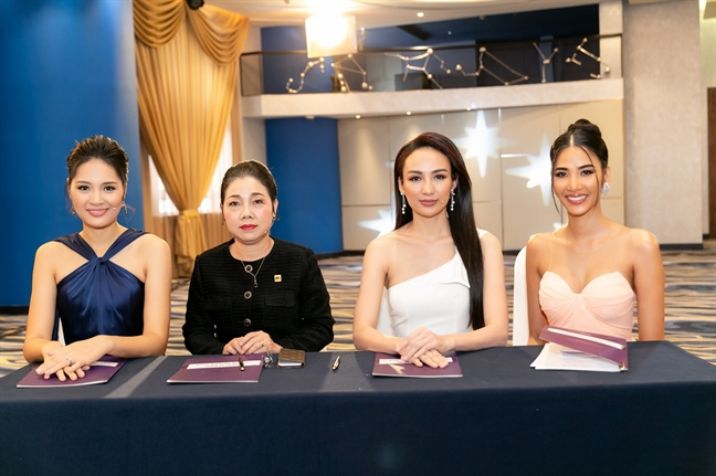 Nam A Bank tu van ky nang xay dung doanh nghiep xa hoi cho Top 60 Hoa hau Hoan vu Viet Nam 2019