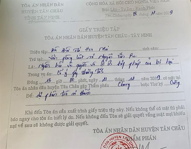 Ngay 21/11, dua nguoi chong danh, dim vo xuong nuoc o Tay Ninh ra xet xu cong khai