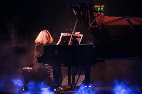 'Ngón dương cầm bão tố' Phó An My dùng âm nhạc thức tỉnh bảo vệ môi trường