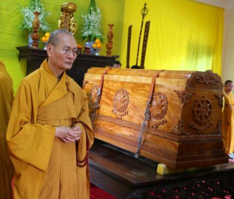 Hàng nghìn tăng ni phật tử đến dự lễ nhập kim quan Đại lão Hòa thượng Thích Trí Quang