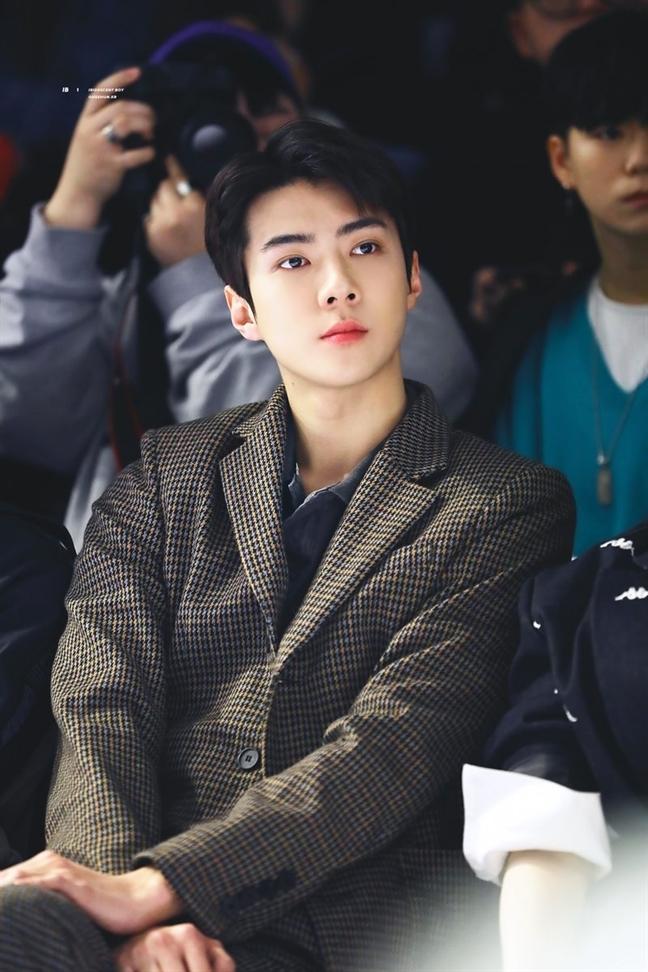 Son Tung MT-P duoc danh gia dep trai hon ca G-Dragon