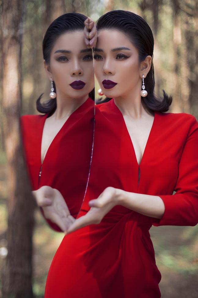 Le Quyen: 'Dung de thoi gian doi xu voi chung ta mot cach tan nhan'