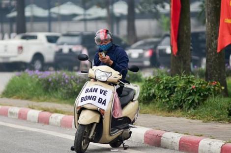 Dân phe 'hét' gần 8 triệu đồng/cặp vé xem trận Việt Nam - Thái Lan