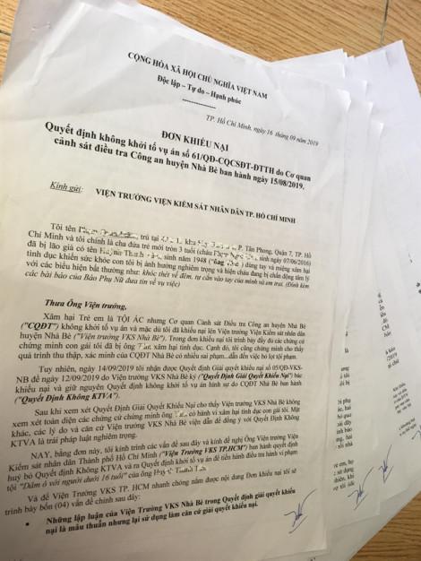 Người cha ôm lá đơn 16 trang khiếu nại ông già 71 tuổi dâm ô con gái 3 tuổi
