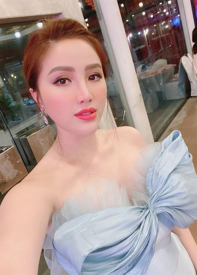 Can canh nhan sac 4 co dau 'hot' nhat Vbiz cuoi nam 2019