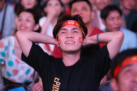 Việt Nam thắng UAE 1-0 lên đỉnh bảng G