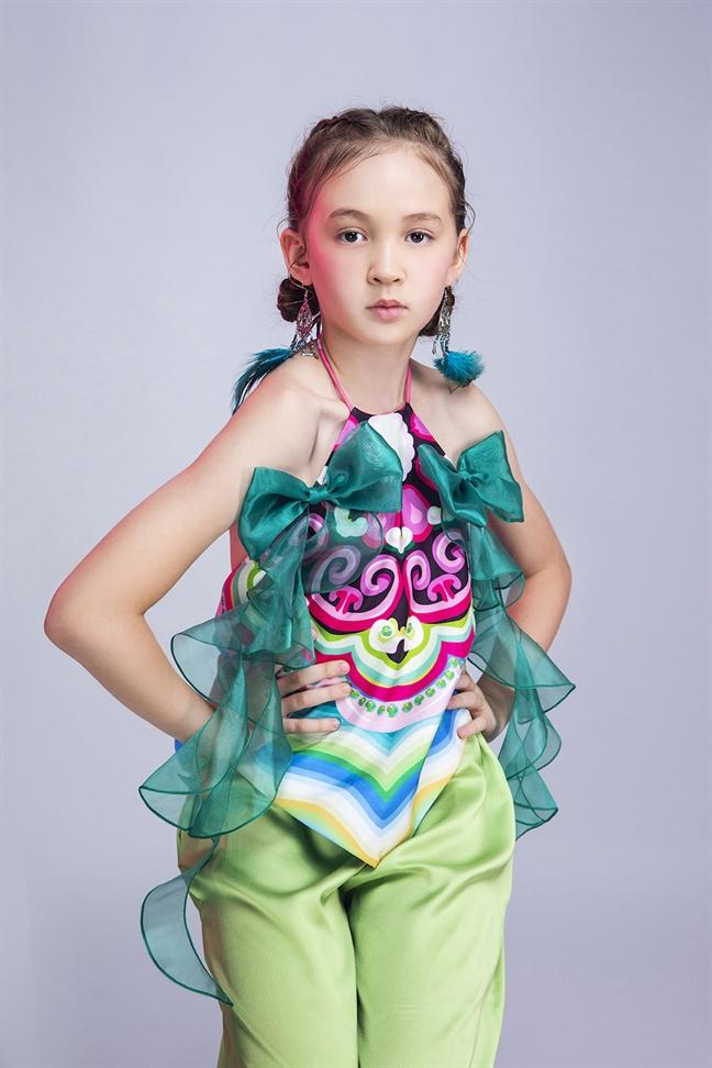 Hon 100 mau nhi da quoc gia quy tu tai Asian Kids Fashion Week 2020