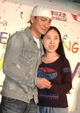 Fan cuồng Lưu Đức Hoa từng khiến cha già tự tử bây giờ ra sao?