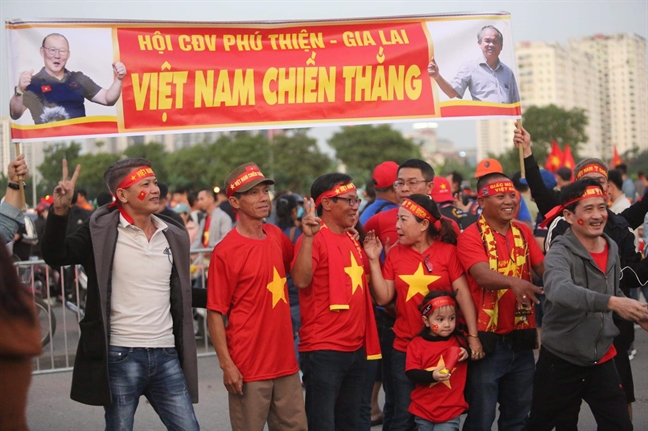 'Chao lua' My Dinh nong ruc trong thoi tiet 20 do C
