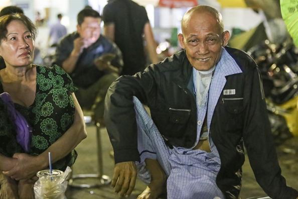 Benh nhan ung thu tiec nuoi khi trong tai khong cong nhan ban thang cua Viet Nam