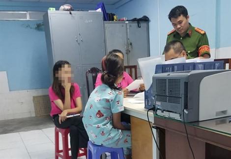 Vụ nhân viên Trung tâm hỗ trợ xã hội dâm ô trẻ em: Một bé gái nghiện tình dục do bị dâm ô nhiều lần